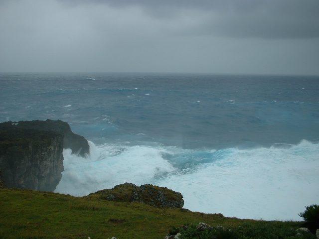 与那国島での高波