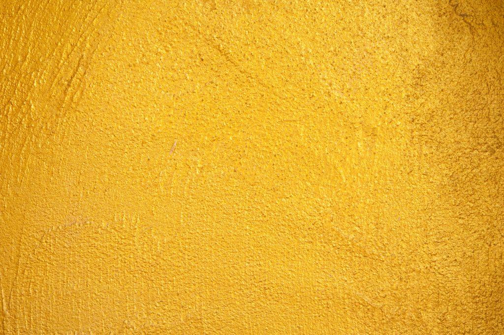 黄砂で黄色い