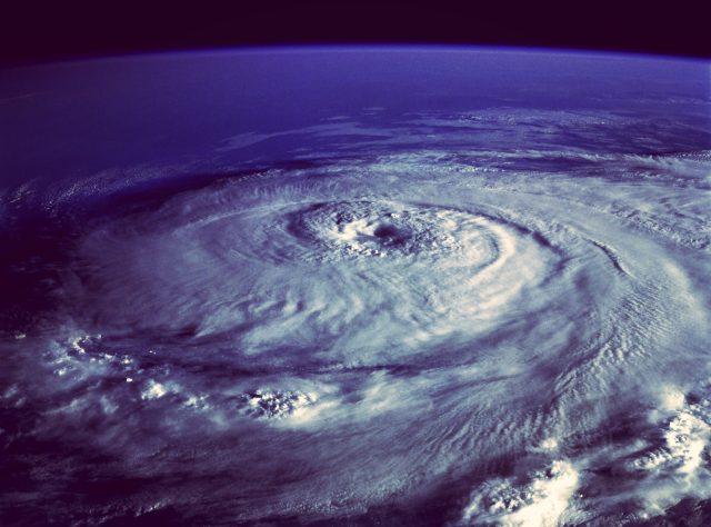 スーパー台風